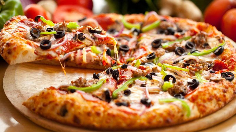 Mozzarella Peynirli Pizza